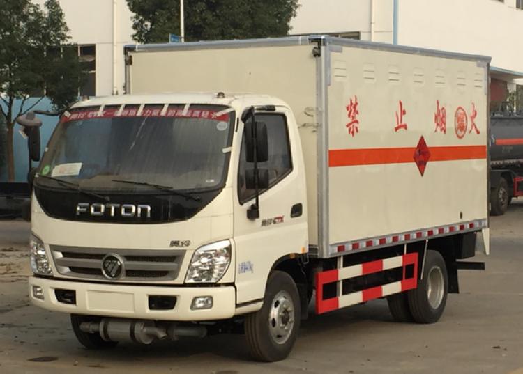 福田欧马可5.1米易燃液体运输车生产厂家电话15997903366
